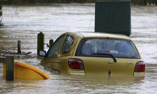 Surrey-floods-011