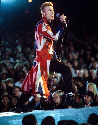 David-bowie-alexander-mcqueen-union-jacket